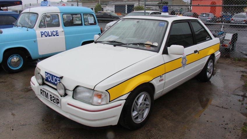 1988 Ford Escort MK III XR3i Police.