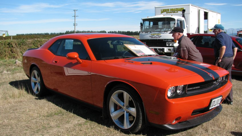 2008 Dodge Challenger SRT-8.