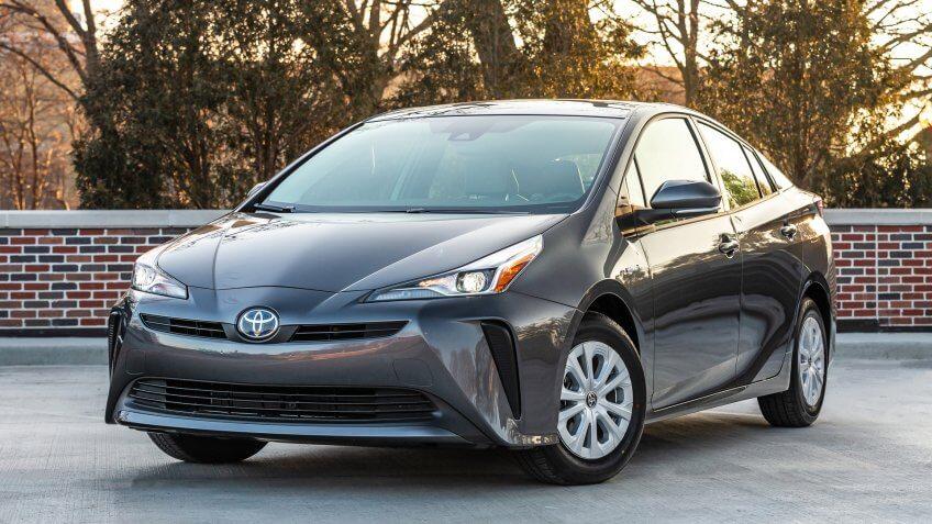 2019 Toyota Prius L Eco