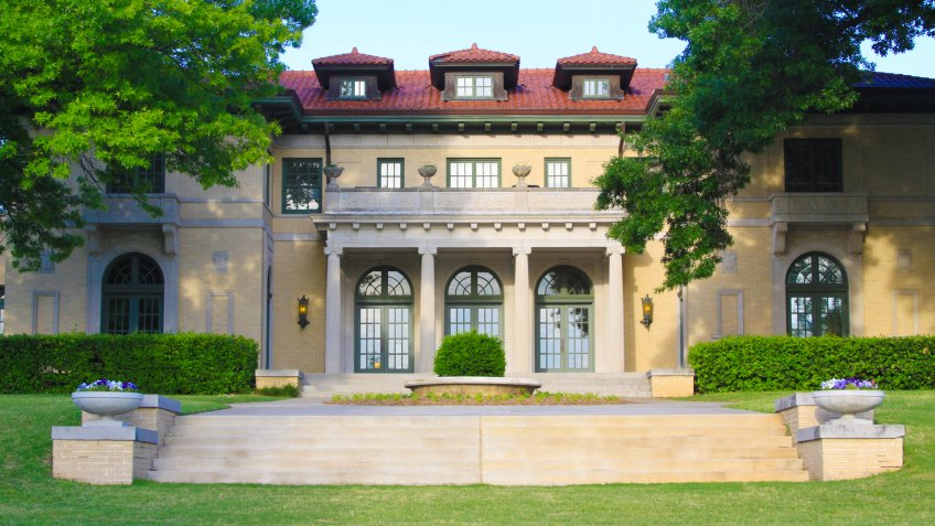 The lovely Tulsa Garden Center, located in Tulsa, Oklahoma, formerly a mansion, is photographed.
