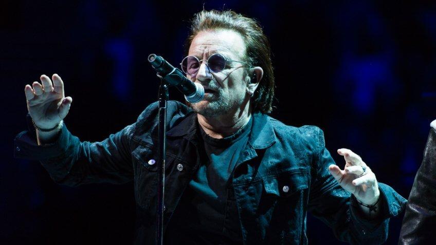 Bono U2 musician performing net worth