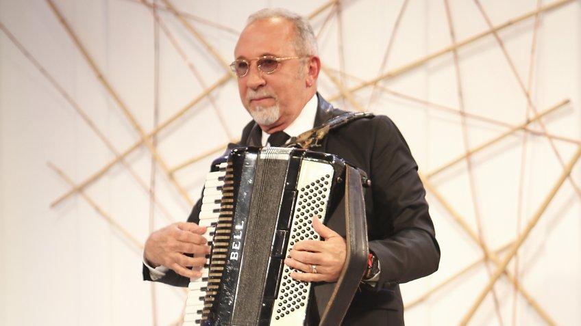 Emilio Estefan musician performing net worth