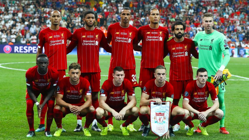 Liverpool team sponsored by Standard Chartered