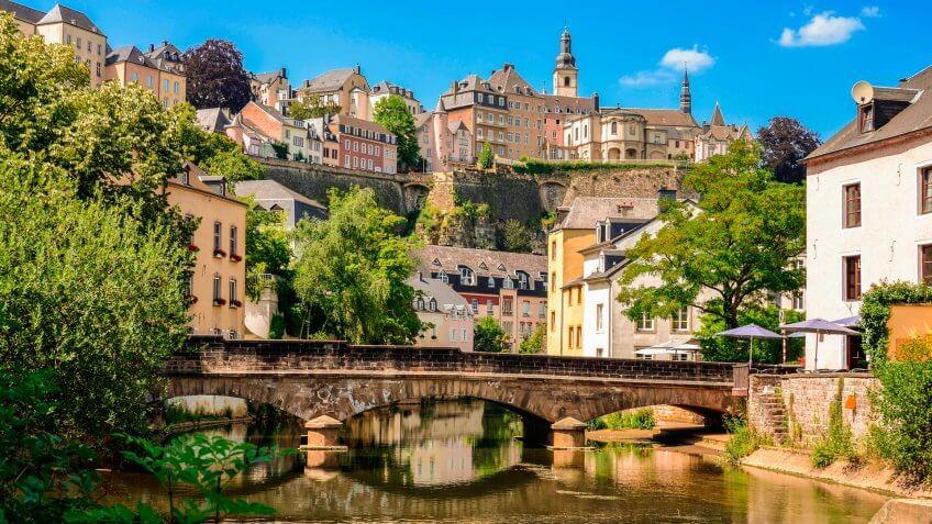 Luxembourg City, historic destrict Grund, bridge over Alzette river.