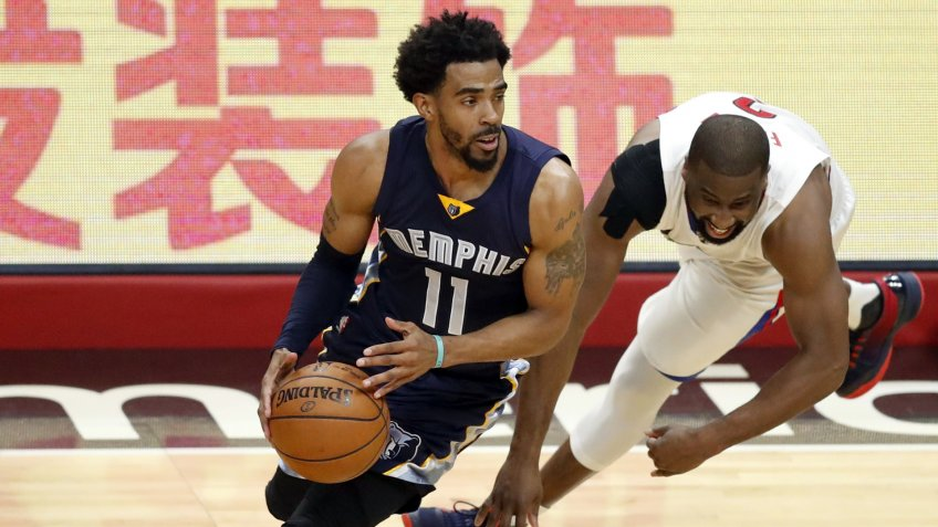 Mandatory Credit: Photo by Paul Buck/EPA/Shutterstock (7728578f)Mike Conley and Raymond FeltonMemphis Grizzlies at Los Angeles Clippers, USA - 04 Jan 2017Memphis Grizzlies guard Mike Conley (L) dribbles around Los Angeles Clippers guard Raymond Felton (R) in the first half of the NBA basketball game between the Memphis Grizzlies and the Los Angeles Clippers at the Staples Center in Los Angeles, California, USA, 04 January 2017.
