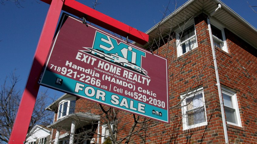 Realty for sale sign in Staten Island New York in 2008