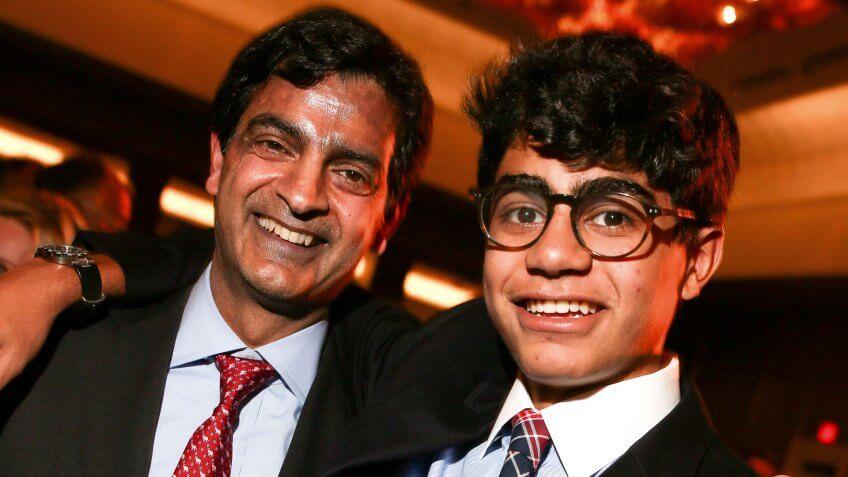 Sandeep Mathrani CEO General Growth Properties