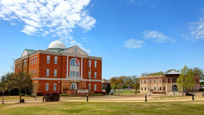 Tupelo is the county seat and the largest city of Lee County, Mississippi, United States.
