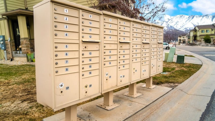 homeowners association mailboxes