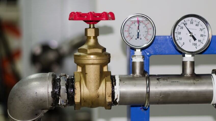 Valve - Turn off the water to the cooling of the industry - Image.
