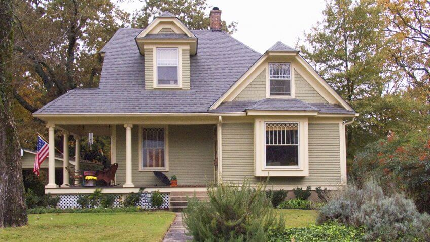 Original home owned by Bill and Hillary Clinton in Little Rock AR - Image.