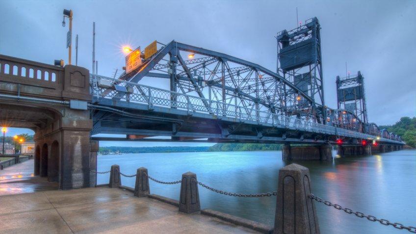 Still water Lift Bridge, StCroix River Bridge at Still water, Mn/DOT Bridge #4654, and Wis/DOT Bridge #M-61 is a crossing the St Croix River between Still water, Minnesota, and Houlton, Wisconsin.