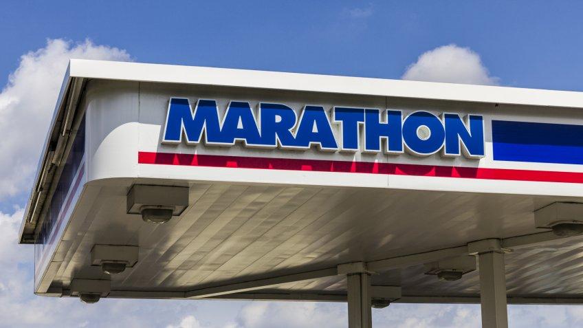 Indianapolis: Circa September 2016: Marathon Petroleum Retail Gas Station.