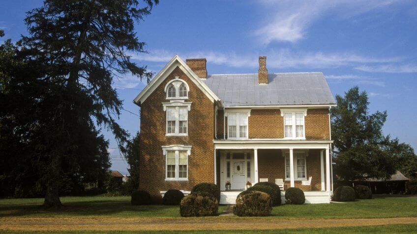 Residence in Moorefield along Route 220, WV - Image.