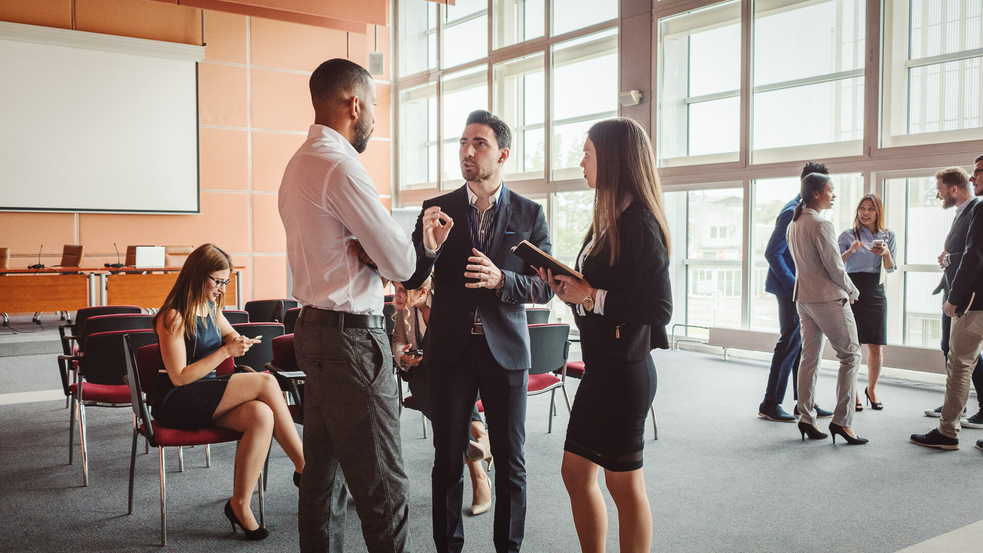 17 Simple Ways To Master Networking, According to Science