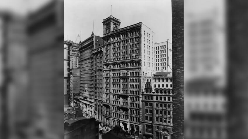 1915 Standard Oil Building
