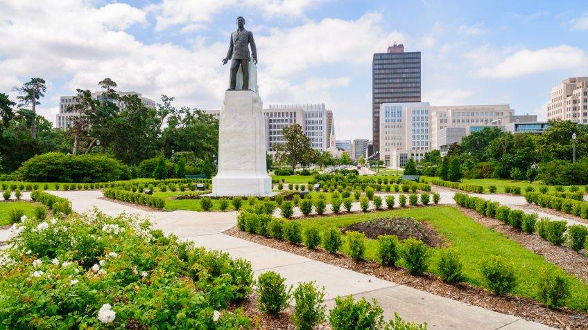 Louisiana State CapitolLouisiana State Capitol.
