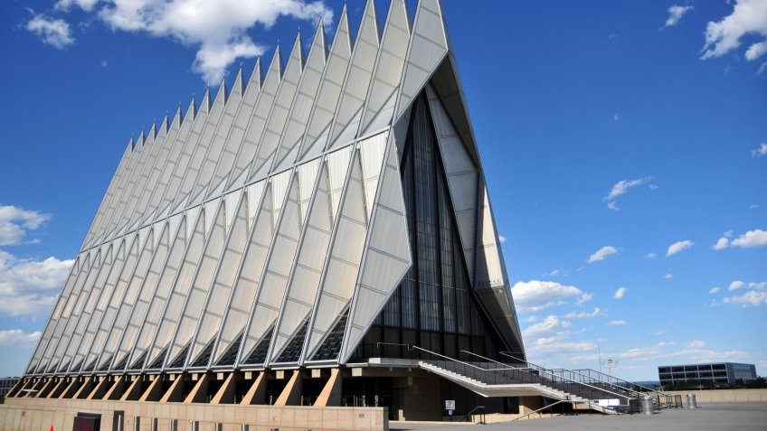 Colorado Springs, Colorado, USA: United States Air Force Academy Cadet Chapel - the triangular steel structure is a frame of 100 identical tetrahedrons - the building includes Protestant, Catholic, Jewish and Buddhist areas - modernist architecture by Walter Netschof Skidmore, Owings and Merrill - photo by M.