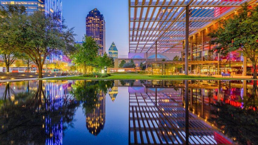 Dallas, Texas, USA downtown cityscape at twilight.