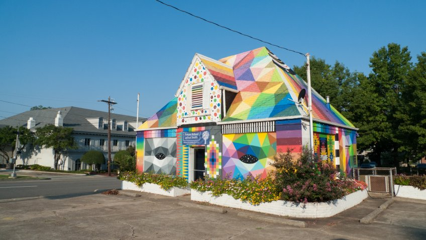 A building painted by artist Okuda San Miguel situated in downtown Fort Smith, Arkansas, is the Future School of Fort Smith, a charter school.