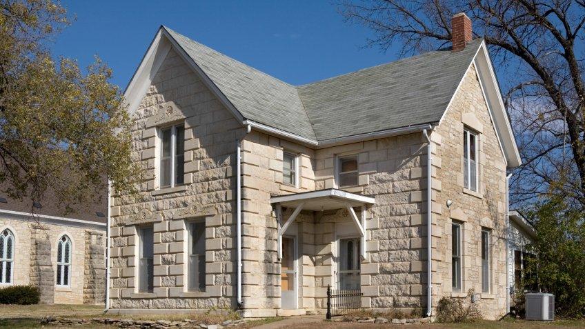 Old Stone House Kansas Town.