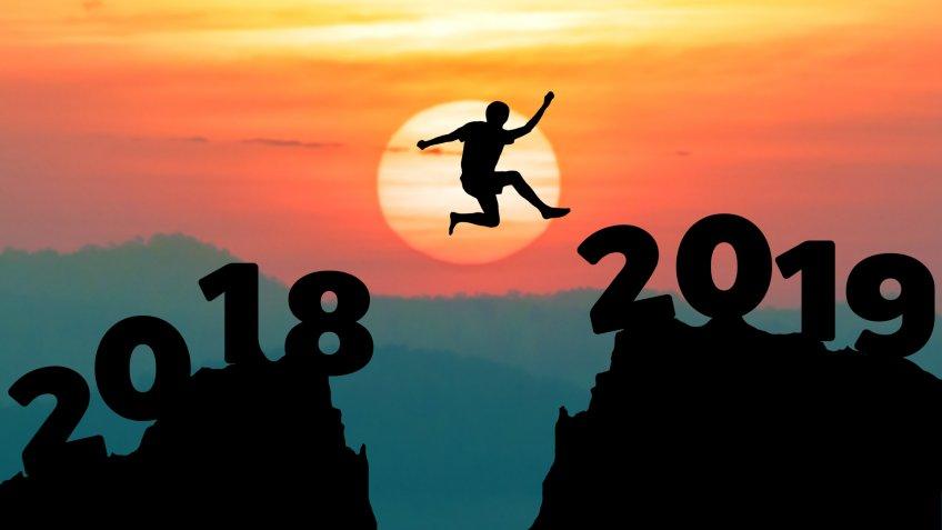 Man jump between 2018 and 2019 years.