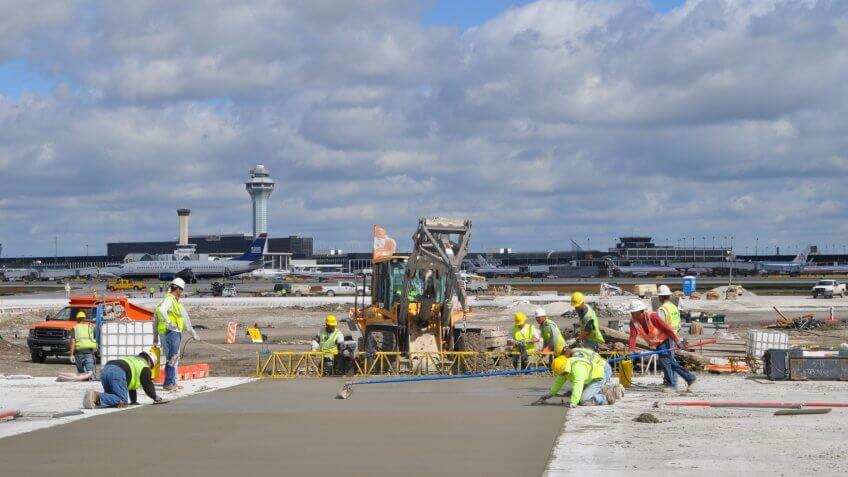 O'Hare Airport Modernization runway construction