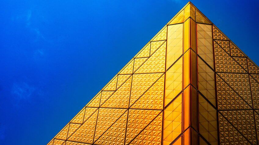 Tokyo Big Sight gold building