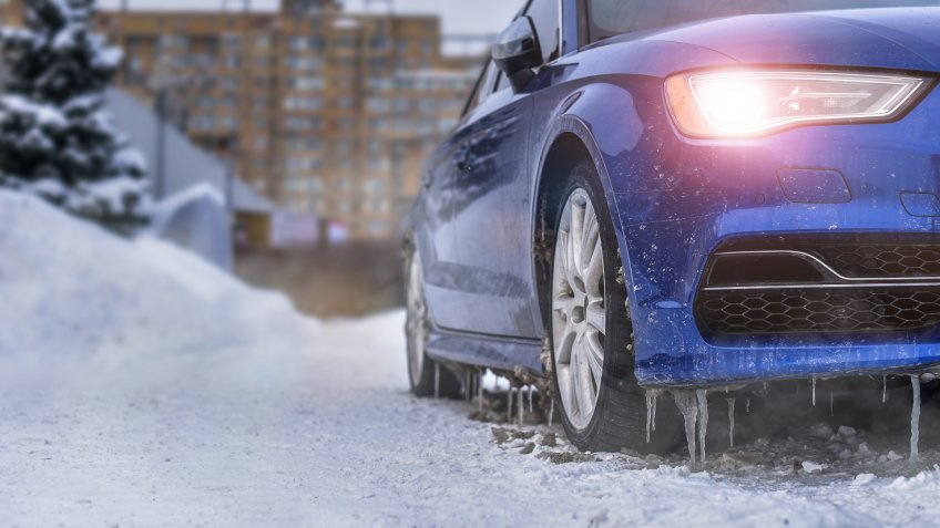 car heating up in the snow