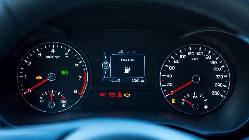 dashboard warning signs
