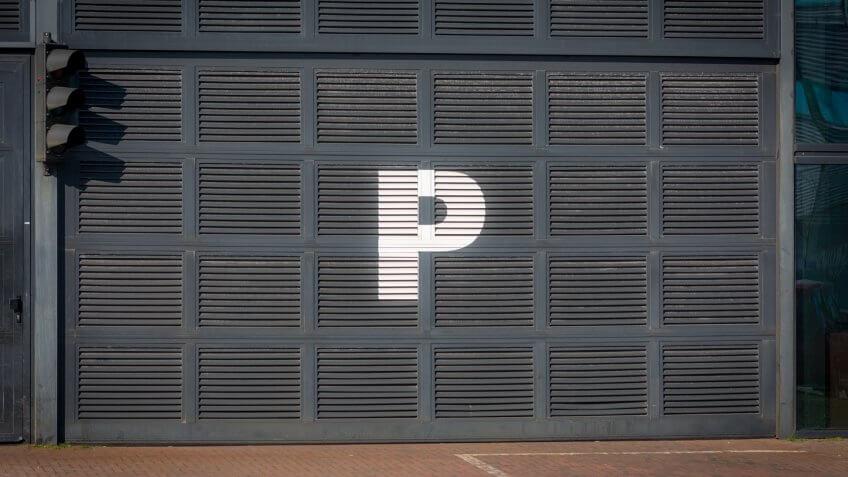 Letter P on Parking entrance.