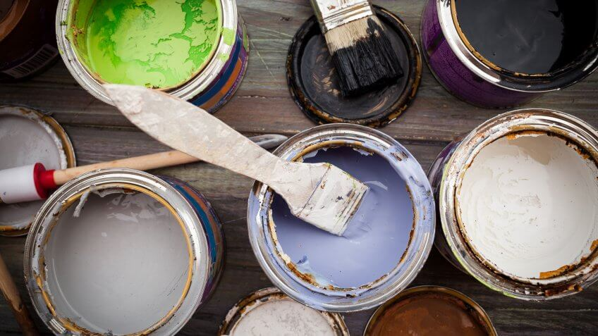 Painting set, paint on a wooden boardPainting set, paint on a wooden board.