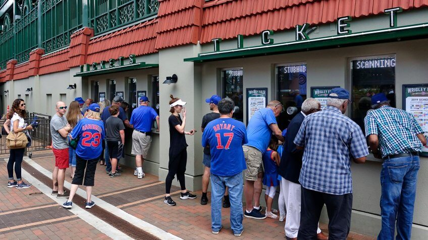Chicago Cubs fans buy tickets before day game