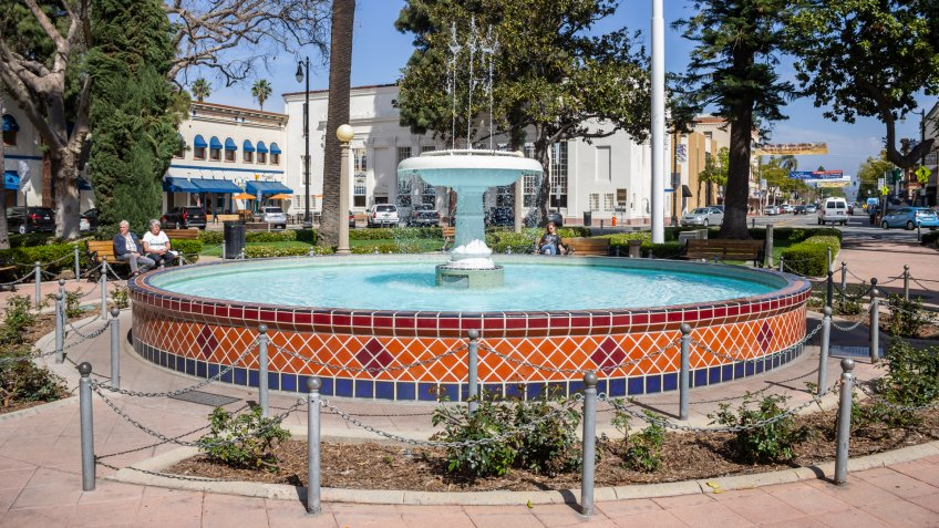 Orange, California/United States - 03/24/19: The fountain in the center of the traffic circle at Orange Plaza - Image.