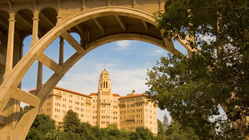 Two of the most recognized Pasadena, California landmarks: The building was originally the Vista del Arroyo Hotel but now houses the U.