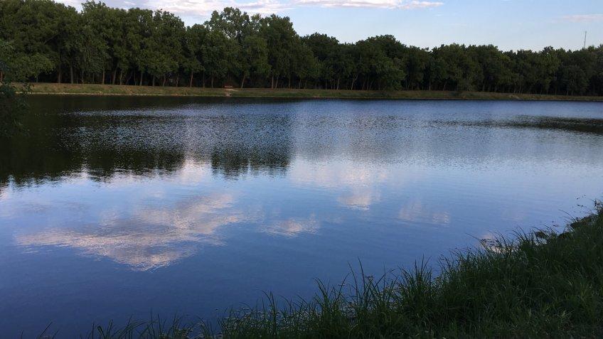 Beautiful lake in Olathe, Kansas, United States.