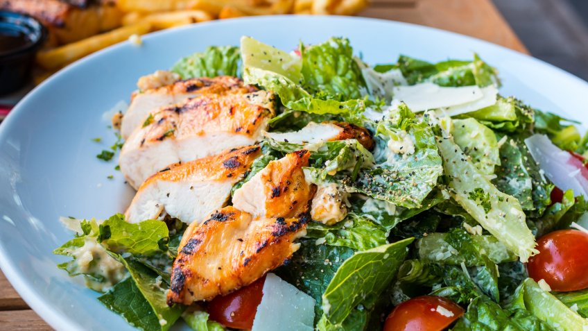chicke caesar salad