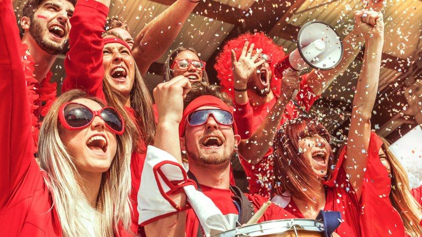 sports fans celebrate