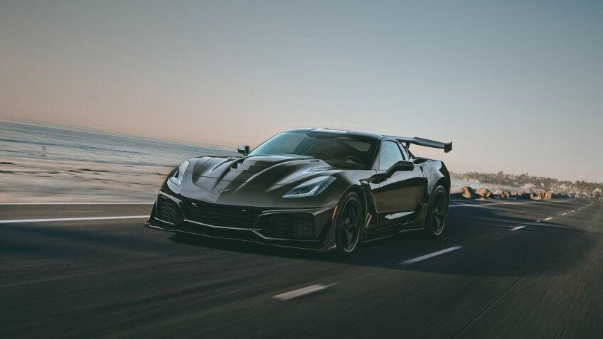 2019-Chevrolet-Corvette-ZR1.