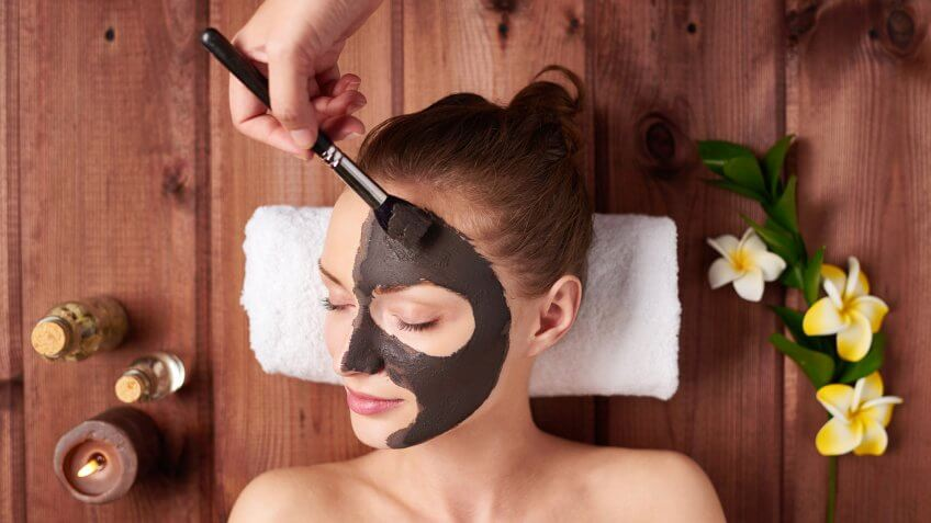 woman getting spa facial