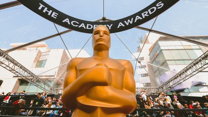 Statuette 84th Annual Academy Awards, Arrivals, Los Angeles, America - 26 Feb 2012.
