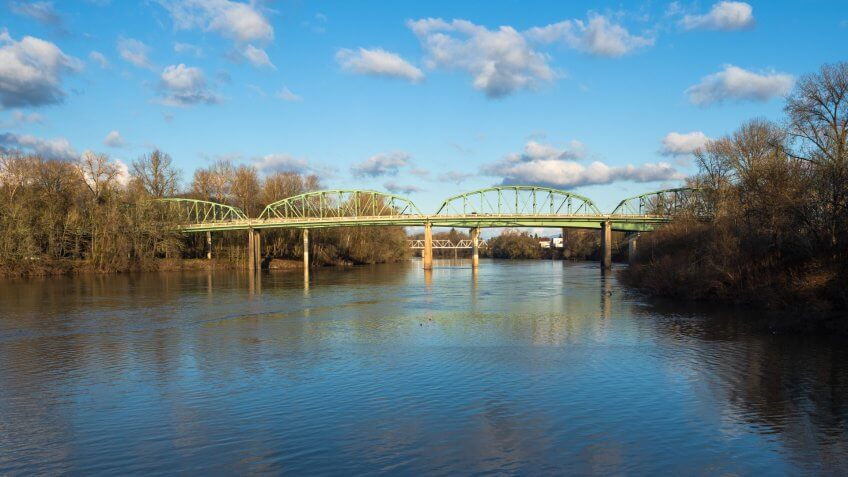 Bridges that span the Willamette River in Albany, Oregon.