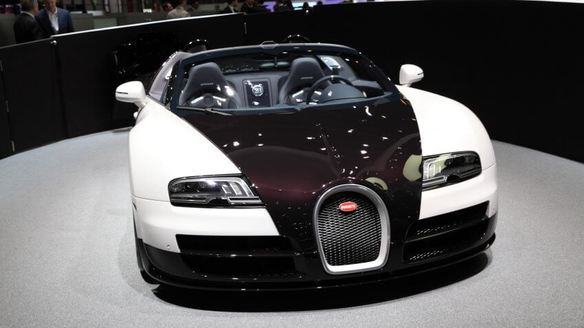GENEVA, MARCH 6 : A Bugatti veyron 16.