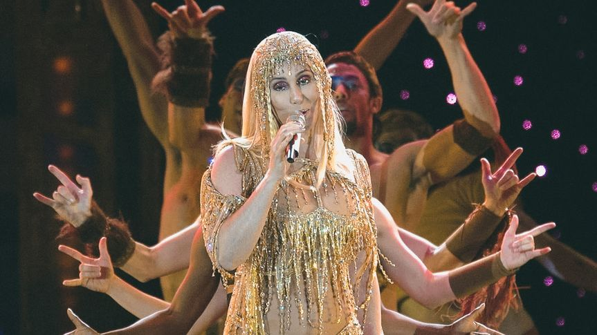 CHER PERFORMING IN CONCERT AT SECC, GLASGOW, SCOTLAND, BRITAIN - 11 MAY 2004.