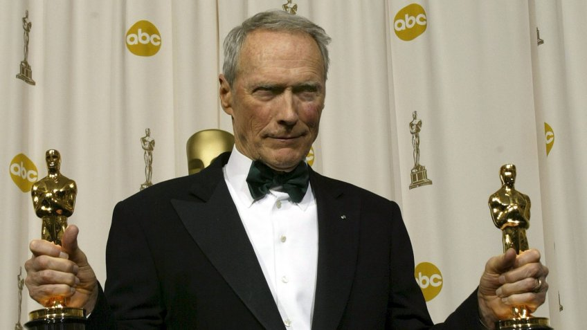 Us Actor and Director Clint Eastwood Holds His Oscars For Best Director and Best Picture For 'Million Dollar Baby' at the 77th Academy Awards in Hollywood Sunday 27 February 2005Usa Academy Awards - Feb 2005.