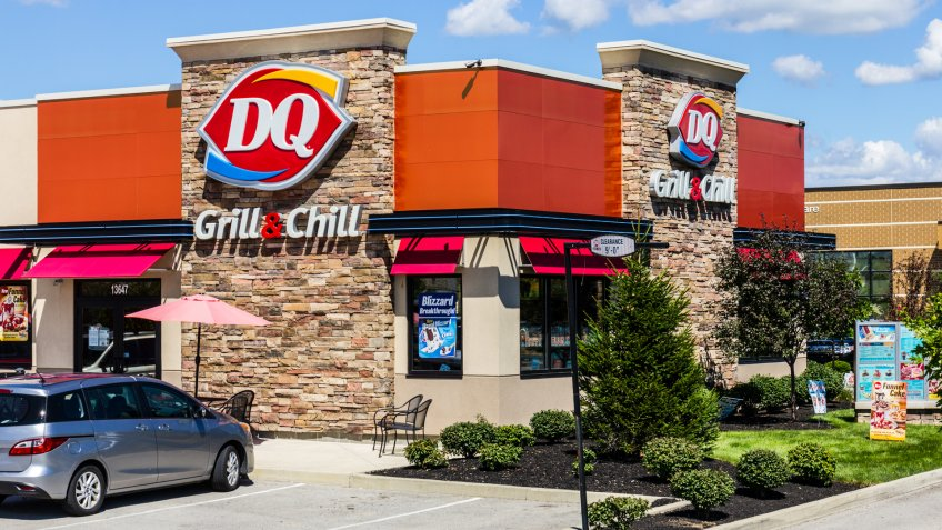 Indianapolis, US - August 22, 2016: Dairy Queen Retail Fast Food Location.