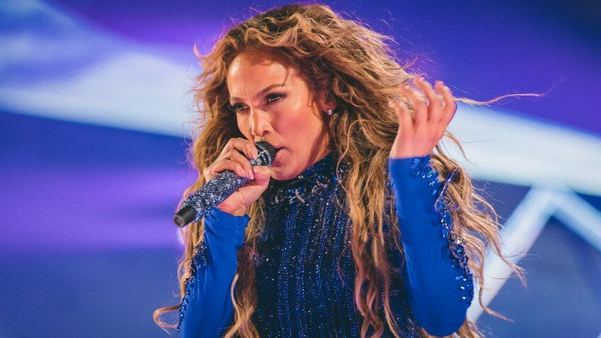 J Lo Super Bowl Saturday performance