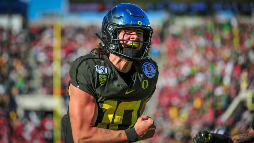Mandatory Credit: Photo by John Green/CSM/Shutterstock (10516391o)Oregon Ducks quarterback Justin Herbert #10 scores a 1st quarter touchdown during the 2019 Rose Bowl game between the Oregon Ducks and the Wisconsin Badgers at the Rose Bowl Stadium in Pasadena, CANCAA Football Rose Bowl Oregon vs Wisconsin, Pasadena, USA - 01 Jan 2020.