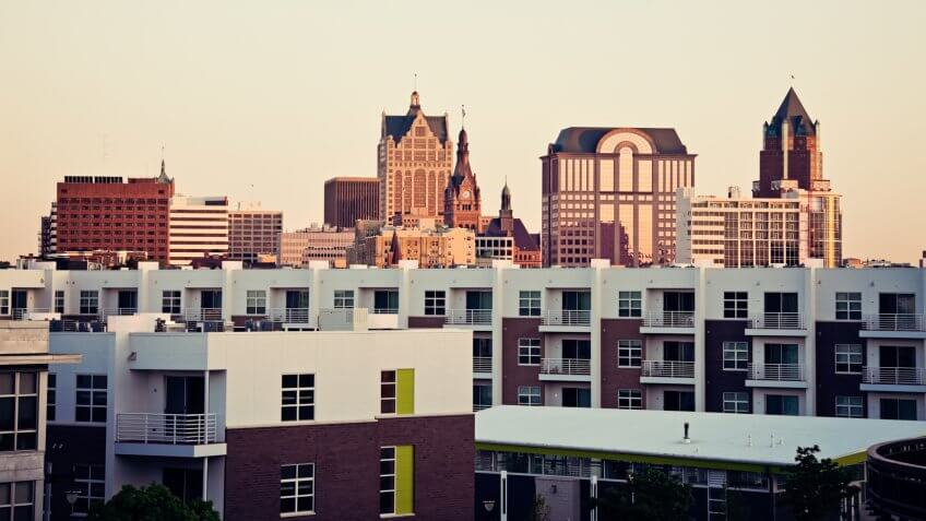 Milwaukee skyline and the apartment buidlings.