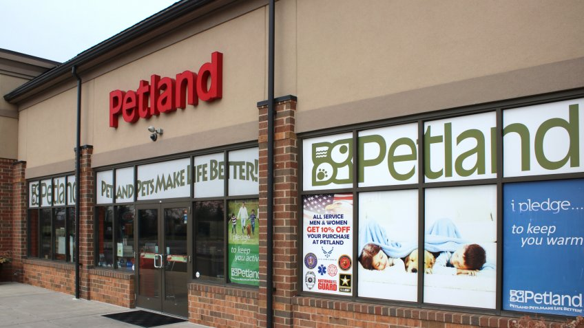 Columbus, OH/USA April 10,2019: Petland is a privately owned operator and franchisor of pet stores based in Chillicothe, Ohio with over 131 stores nationwide.